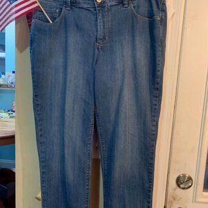 St Johns  Bay Stonewashed Jeans size 2 VGC